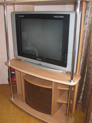 Тумба для аппаратуры (TV. DVD и муз. центра)