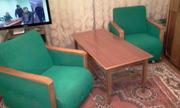 Журнальный столик + 2 кресла
